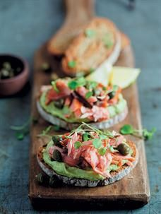 Food & Home Entertaining | Rye with smoked trout and creamed avo