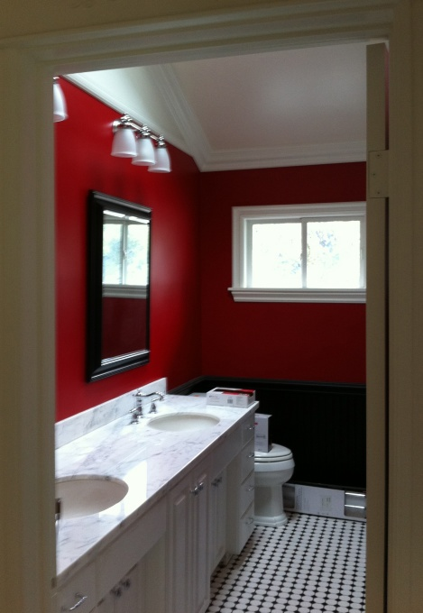 Best 25 red bathrooms ideas on pinterest bathroom wall for Bathroom designs red and black