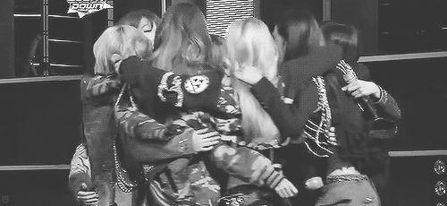 I need a Soshi hug #SNSD #OT9