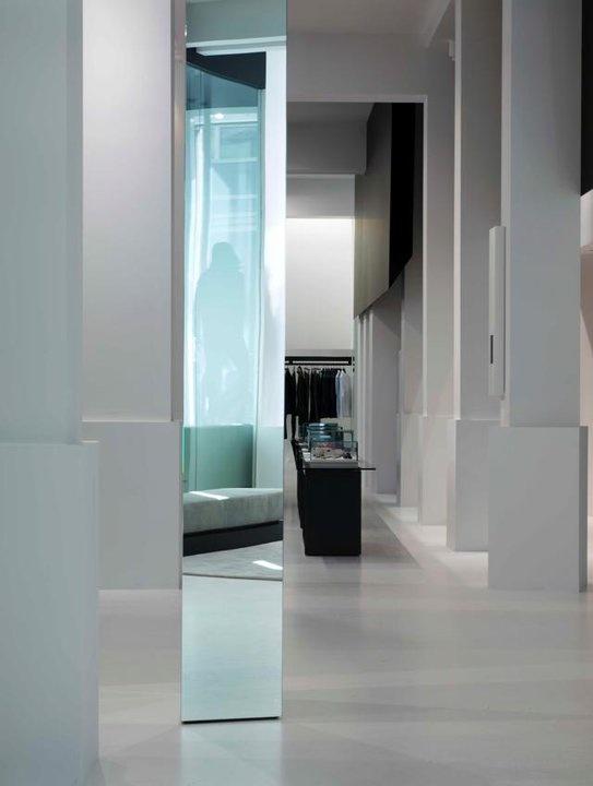 The Renaissance multibrand store in Antwerp by Glenn Sestig architects _
