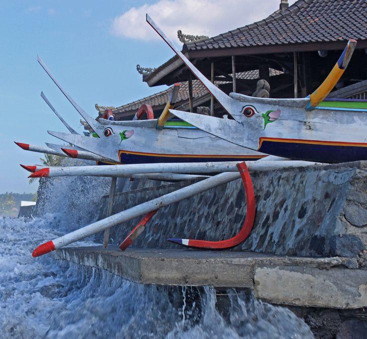 Docked but not at rest. Keramas Bali Indonesia. #boat #waves #ocean #bali #igersbali #balidaily #thebaliguru #indonesia #igersindonesia #wonderfulindonesia