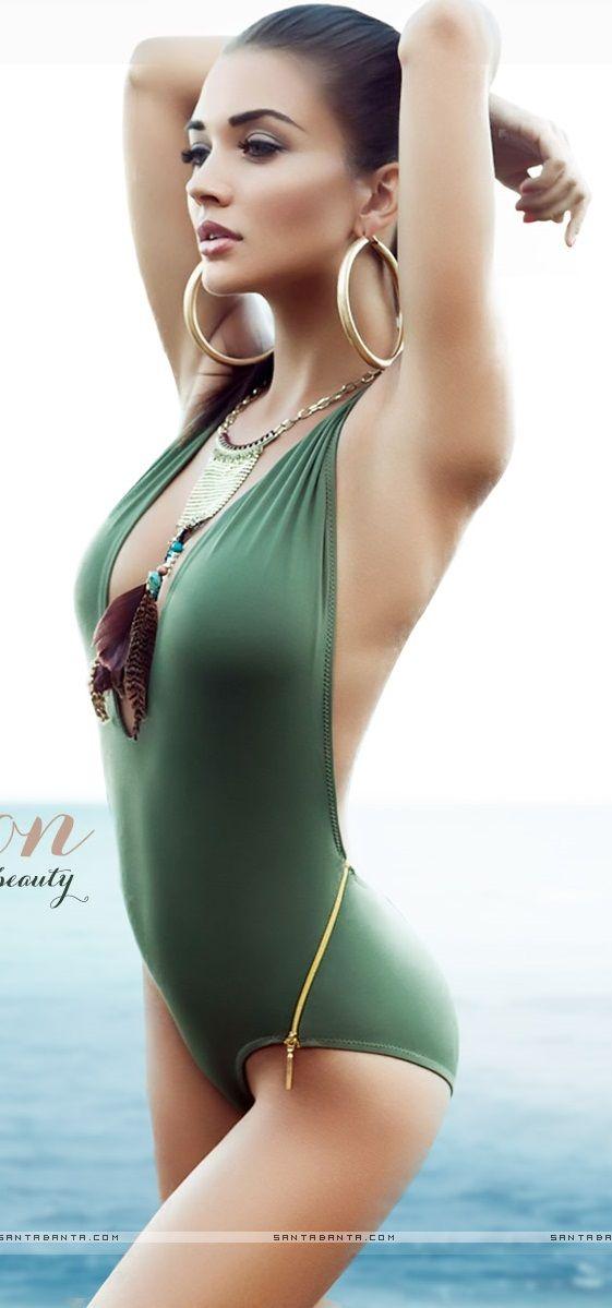 Amy Jackson hot