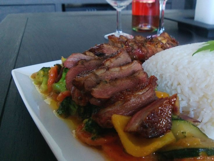 Duck breast with stirfried vegetables and chili-peach sauce http://bit.ly/Recipe4share