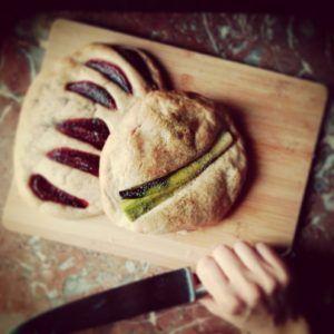 http://latabledaline.be/petits-pains-aux-legumes/
