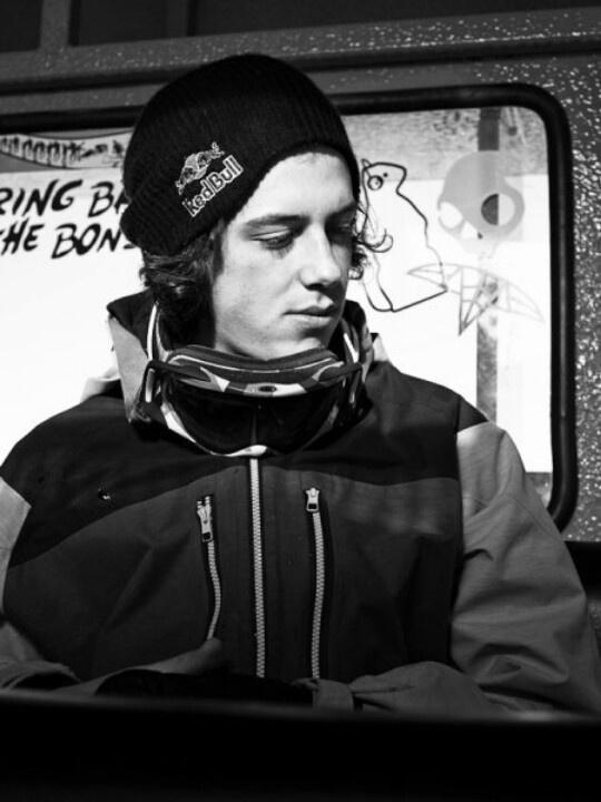Canadian snowboarder Mark McMorris HELLLLOOOOOOO