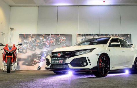 Honda празднует 25-летие направлений «R» и Fireblade