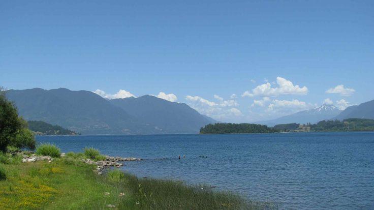 Lago Panguipulli, Los Ríos. // Panguipulli Lake, Los Ríos. (XIV Región)