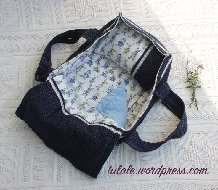 Doll carrier with bed linen by #Tulale