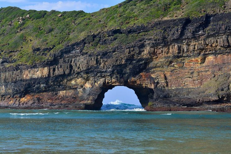 Visited Hole in the Wall next to Coffee Bay during our journey through South Africa whilst travelling the world. Absolutely one of the places to see before you die in Africa.