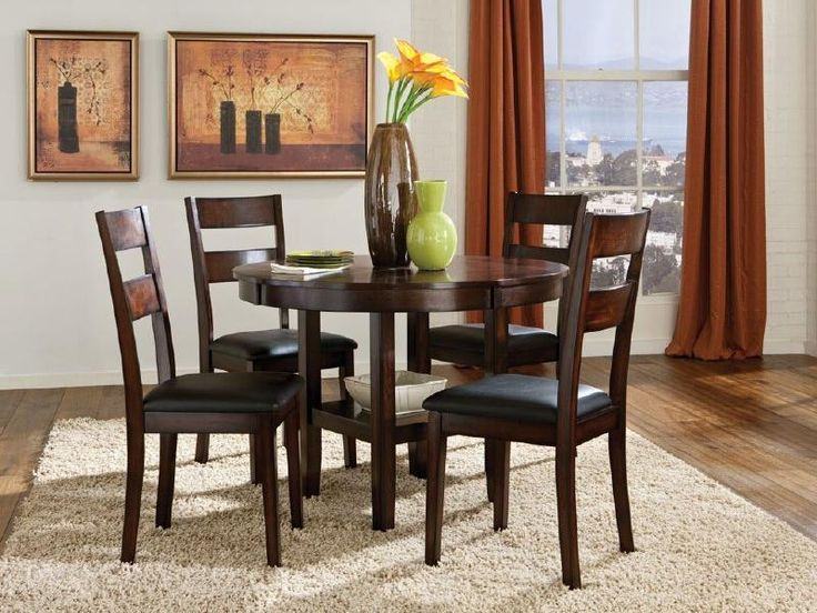 Marvelous 5 Piece Round Table U0026 Dining Side Chairs Set By Standard Furniture