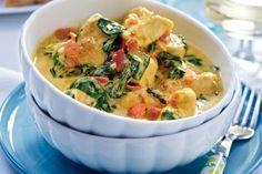 Das Rezept für Hähnchen-Kokos-Curry mit Spinat und weitere kostenlose Rezepte auf LECKER.de