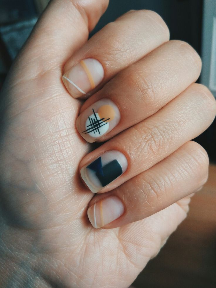 @pony_nails маникюр Малевич malevich kazimir nails матовый маникюр 2016 | geometry, negative space