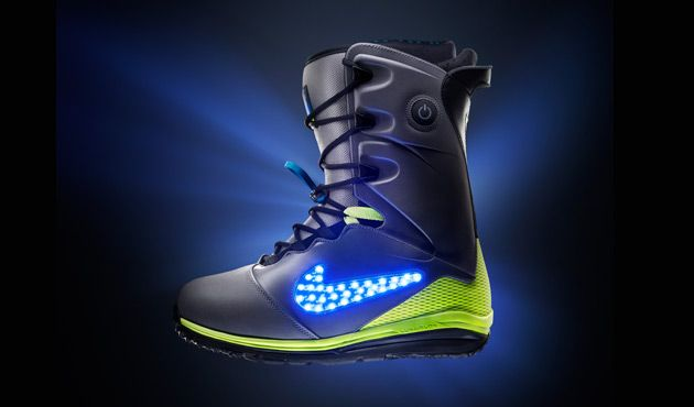 Nike's LunarENDOR QS Snowboard - I'm a hopeless snow boarder but these are pretty awesome!!