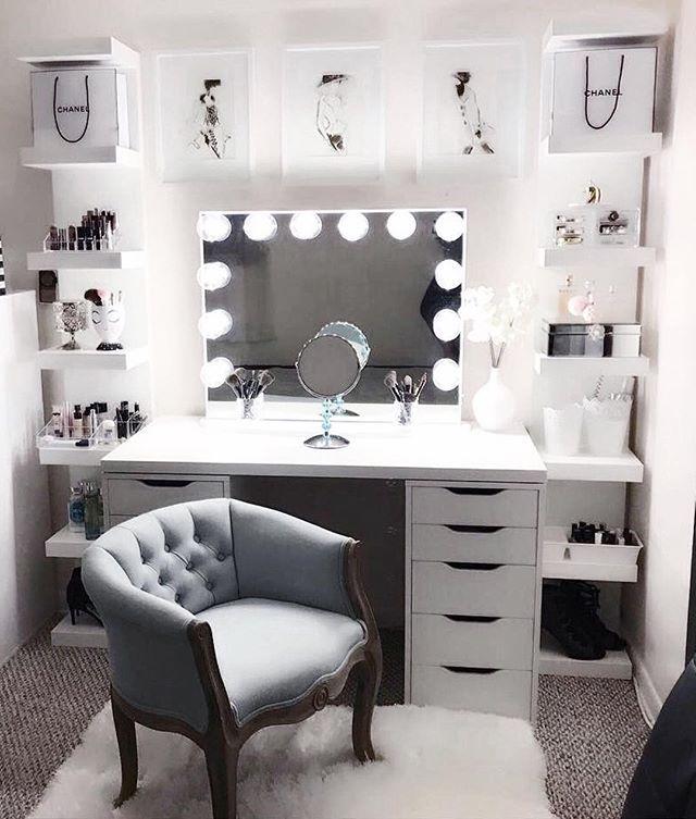 Description Impressions Vanity Hollywood Glow Plus Vanity Mirror
