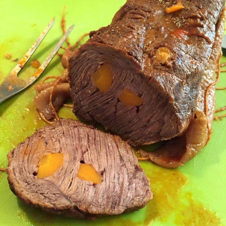 Carne mechada, receta chilena. Deliciosa y llena de sabor! Acompañala con pasta, patatas y todo!!   Cocinar en casa es facilisimo.com