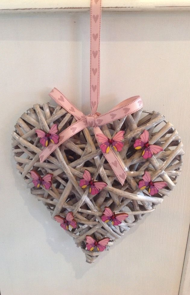 "New Large Shabby Chic Rustic Wicker Hanging Heart With Butterflies 8"" X 8"" 