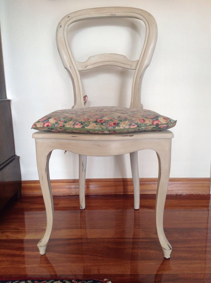 Mejores 13 im genes de muebles pintados por m en - Mesas pintadas a la tiza ...