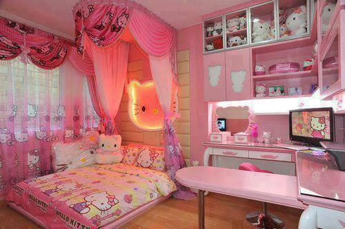 Kawaii hello kitty room