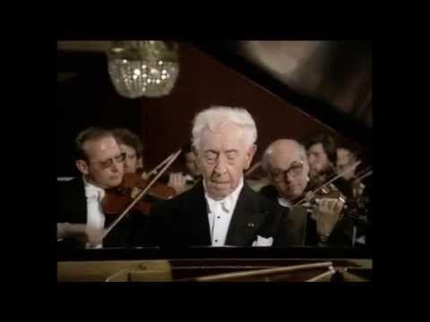 Arthur Rubinstein - Grieg - Piano Concerto in A minor, Op 16 - YouTube