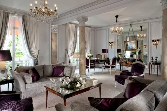 10 jaw-dropping hotel suites Hotel Plaza Athenee - Paris