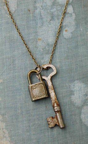 LOCK and KEY Necklace Vintage Skeleton KEY