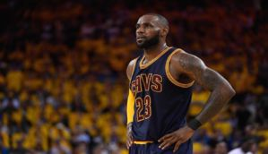 Lakers Rumors: L.A. Is 'Viable Destination' For LeBron James In 2018 - Blooper News - News by you for you!™
