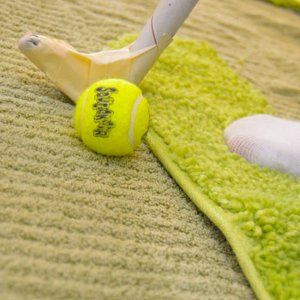 Fore! Make your own Carpet Putt-Putt course as rainy day crafts and activities. Fabric crafts for kids like this are an easy way to entertain and engage children on long summer days. Sports crafts for kids are rarely suitable for indoor fun, but this golf crafts is a great way to occupy young ones without making a mess.