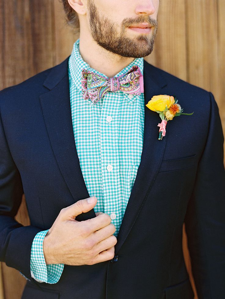 summer groom wedding looks - #boutonniere #gingham #groom https://ruffledblog.com/summer-loving-wedding-inspiration-with-a-fiesta-brunch