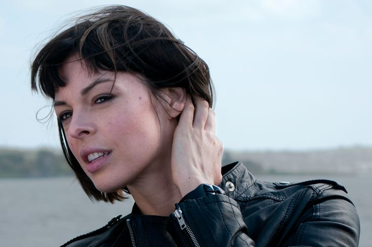 """Pollyanna Mcintosh as Jadis, in The Walking Dead. Source: ew.com   Who is this new riddle lady in the popular AMC's """"The Walking Dead"""" TV Show? We traveled to the wastelands to track down Jadis - the new character thats coming up in 2017.  It turns out her genuine name is Pollyanna (...)"""
