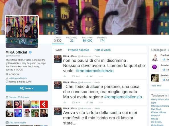 Scritta #omofoba su poster di #Mika Il cantante la pubblica: «Non ho paura, #l'amore fa quel che vuole» L'insulto apparso su due manifesti che presentano il concerto di FirenzeLa foto diventa virale e parte la campagna #rompiamoilsilenzio    http://www.corriere.it/spettacoli/15_agosto_09/scritta-omofoba-poster-mika-cantante-pubblica-non-ho-paura-l-amore-fa-quel-che-vuole-ec2c76a6-3e18-11e5-9df9-e4a39ac26db0.shtml