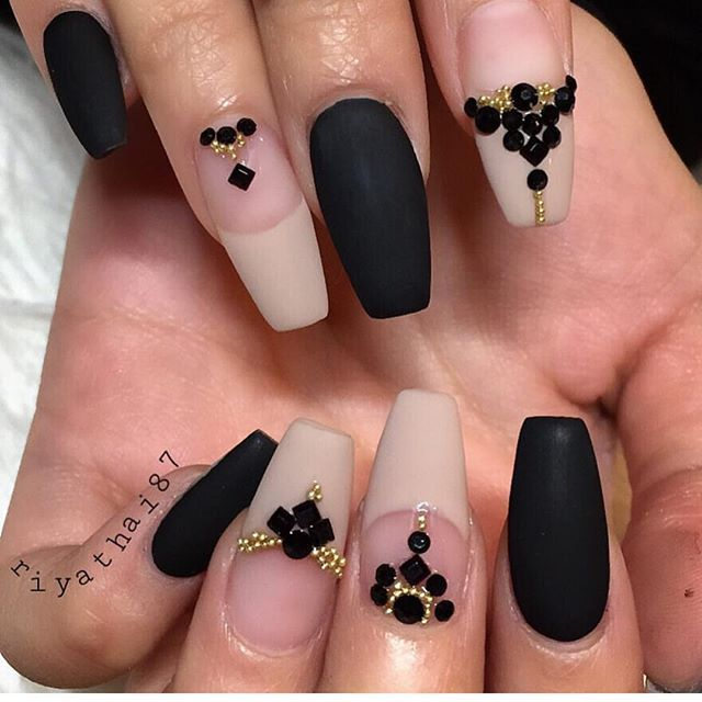 613 best BW nails images on Pinterest Acrylic nail designs