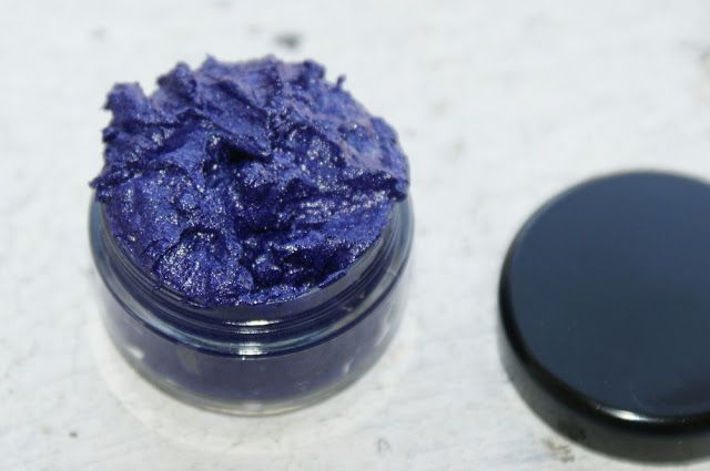 How to Make Cream Eyeshadow Cosmetics - DIY Handmade Cream Eyeshadow Recipe and Tutorial in Violet