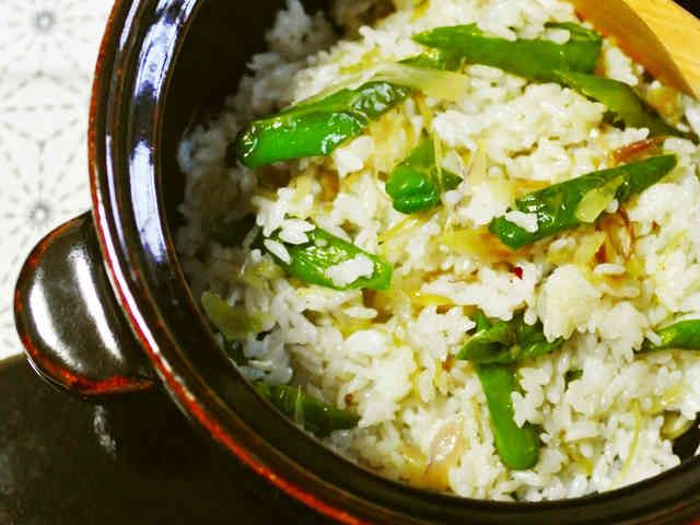 しし唐と茗荷のエスニック炒めde混ぜご飯