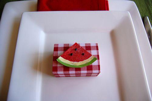 http://www.makeandtakes.com/little-papercraft-matchboxes?utm_source=feedburner