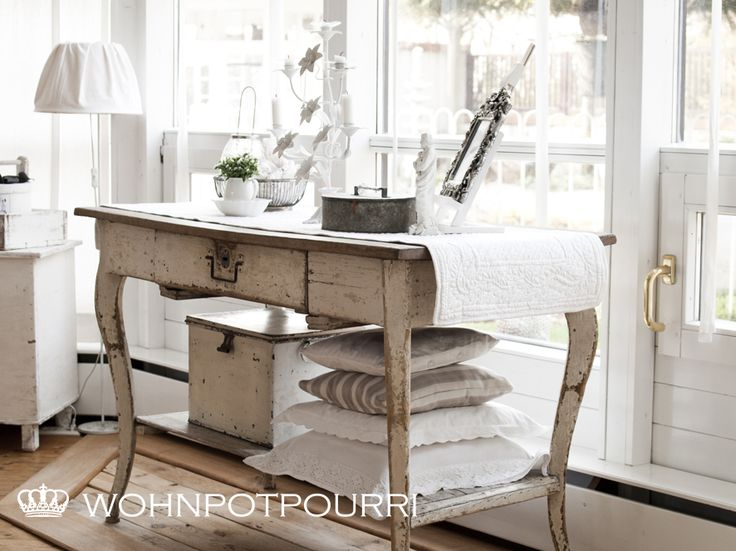Table living room white grey black chippy shabby for Grey shabby chic living room ideas