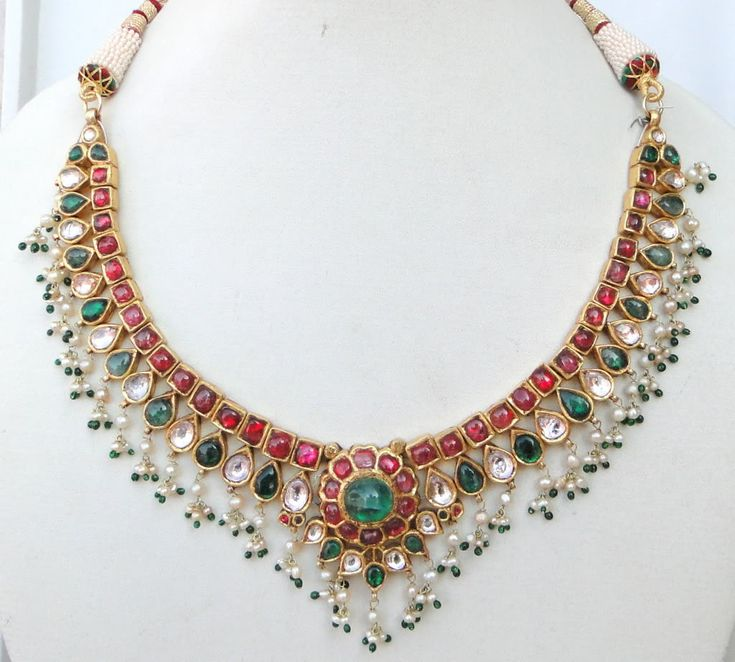 Vintage antique 20 carat Gold Daimond polki kundan necklace Tamil nNdu South India. 6K via Etsy.