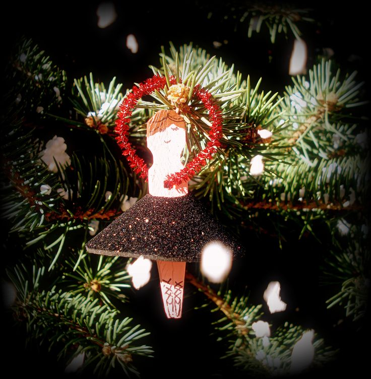 diy xmas ornaments, wooden pinches ballerina