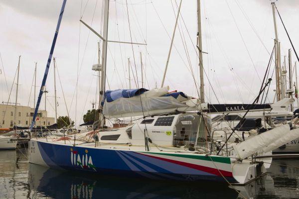Italia in porto a Cagliari