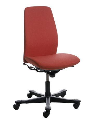 5000 est une gammes de sièges de travail qui offre à vos collaborateurs : confort, design, réglages ergonomiques, en s'adaptant à votre budget. Avec le mouvement équilibré de l'inclinaison Synchrone, une assise composée de ressorts Nozag, un dossier en maille tendue en option et un système élastique avancé au niveau du dossier (en attente de brevet), le siège 5000 offre un confort optimal tout au long de la journée #kinnarps #5000