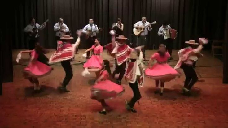 Chilean traditional folk dance: Huasos