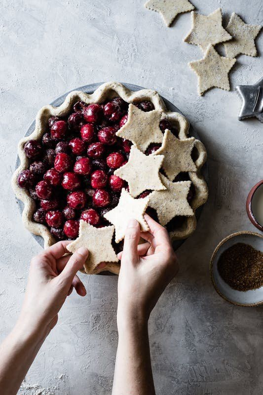 This Spiced Bourbon Cherry Pie recipe is gluten-free AND tasty.