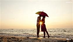 Download The Wallpaper And Image Of A Kissing Couple At Beach Area On Sunset Time
