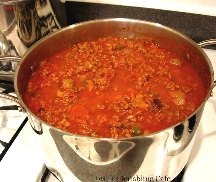 Drick's Rambling Cafe: Southern Tomato Meat Sauce for Pasta