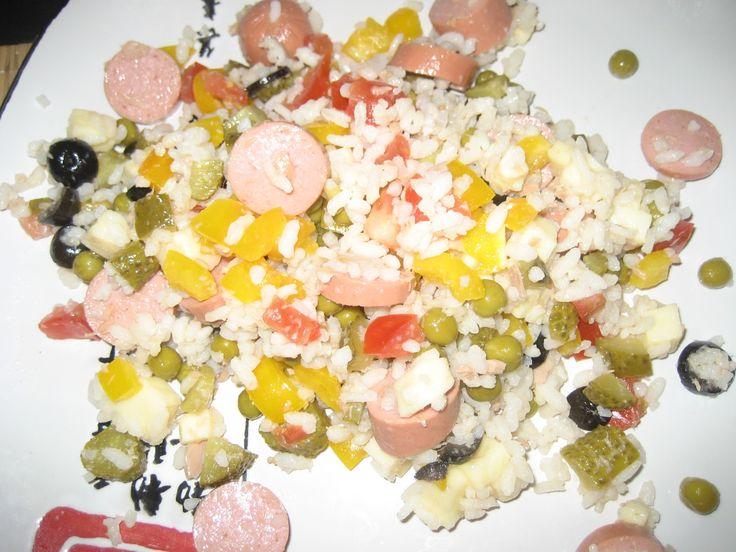 Салат с сосисками огурцами