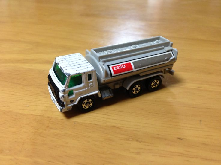 YEAR UNKNOWN TOMICA NO.53 S=1/100 NISSAN DIESEL TRUCK