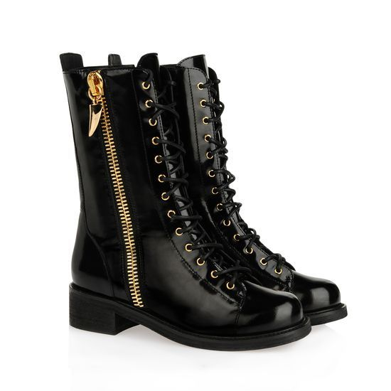 Boot - Shoes Giuseppe Zanotti Design Women on Giuseppe Zanotti Design Online Store @@Melissa Nation@@ - Fall-Winter Collection for men and women. Worldwide delivery. |  I37048 001