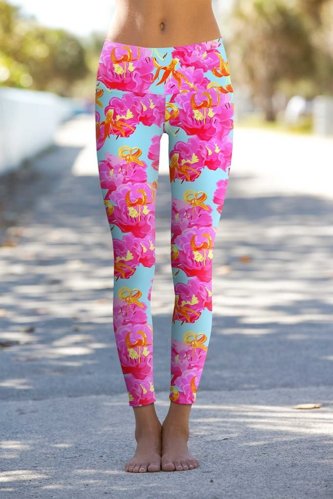 73d37ca5b3aaf Sweet Illusion Lucy Floral Print Performance Legging - Women - Pineapple  Clothing