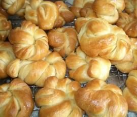 Rezept Hefeknoten / Süße Knoten von yvimaus81 - Rezept der Kategorie Backen süß