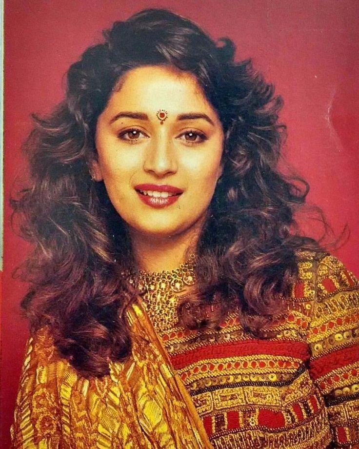 hindi-actress-priyanka-chopra-hindi-movie-7-khoon-