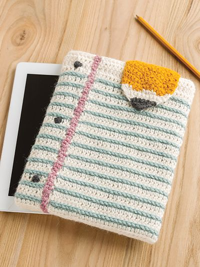Here is a fun tablet cover to crochet for back to school or any day!  It looks like notebook paper and make a great protection for an iPad or Tablet crochet pattern (aff link)